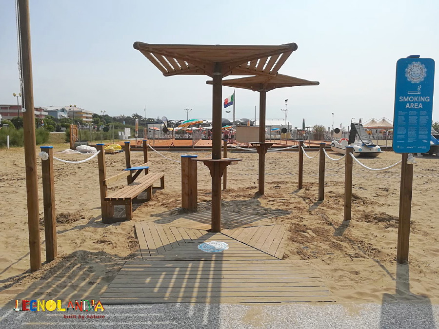 "The brandnew ""Smoking Area"" Legnolandia is now on the beach in Bibione – Italy"